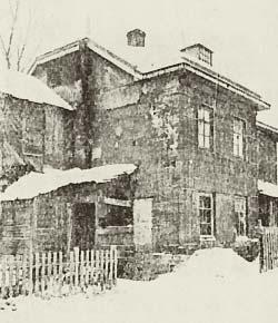Землебитный дом в Москве